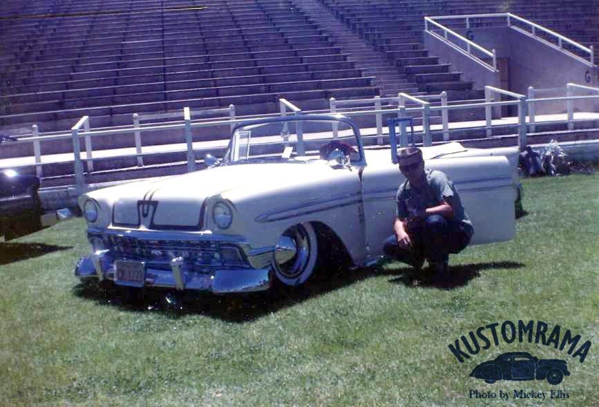 Vintage Car Show - Page 21 Dennis10