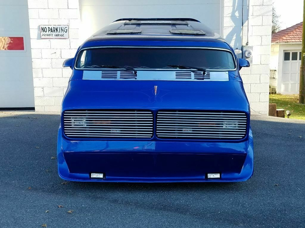 1976 Dodge Show Van - The Nautilus Dodge-13
