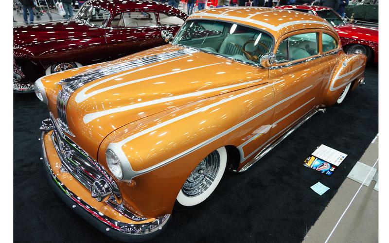 Pontiac 1949 - 54 custom & mild custom - Page 4 Dsc01014