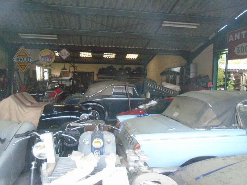 Garage d'anglaise à l'ancienne - Mg, Triumph, Jaguar, Austin et d'autres encores Dsc02018