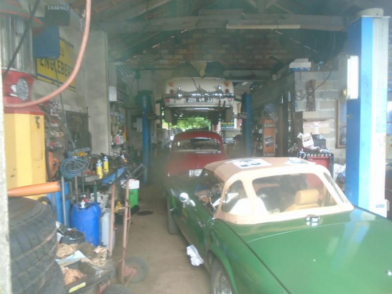 Garage d'anglaise à l'ancienne - Mg, Triumph, Jaguar, Austin et d'autres encores Dsc02026