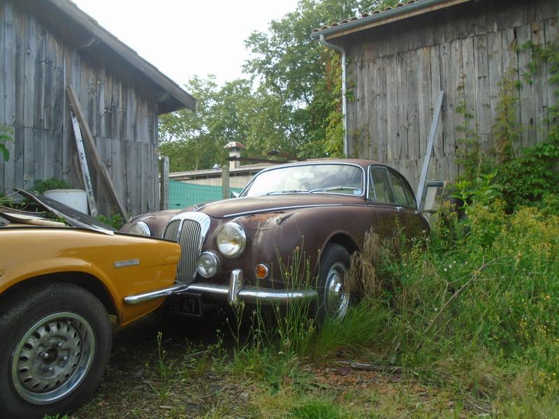 Garage d'anglaise à l'ancienne - Mg, Triumph, Jaguar, Austin et d'autres encores Dsc02027