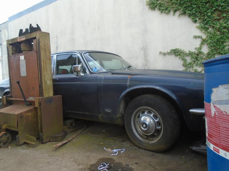 Garage d'anglaise à l'ancienne - Mg, Triumph, Jaguar, Austin et d'autres encores Dsc02028