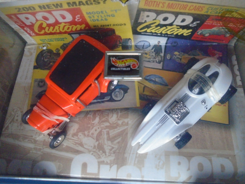 Hot Wheels Collectible 100% - Rod and Custom Magazine - Manta Ray & Orange Crate Dsc02042