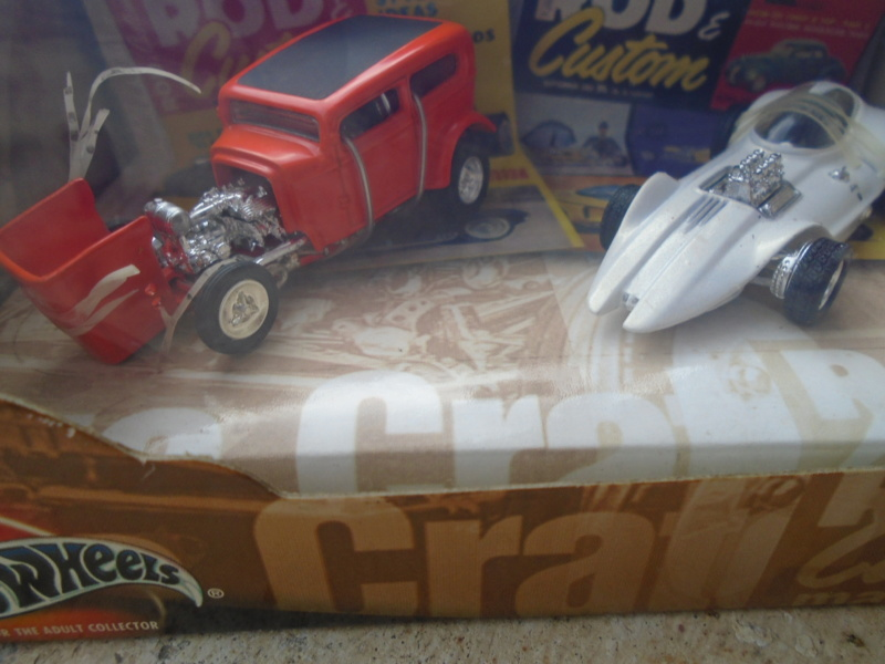 Hot Wheels Collectible 100% - Rod and Custom Magazine - Manta Ray & Orange Crate Dsc02047