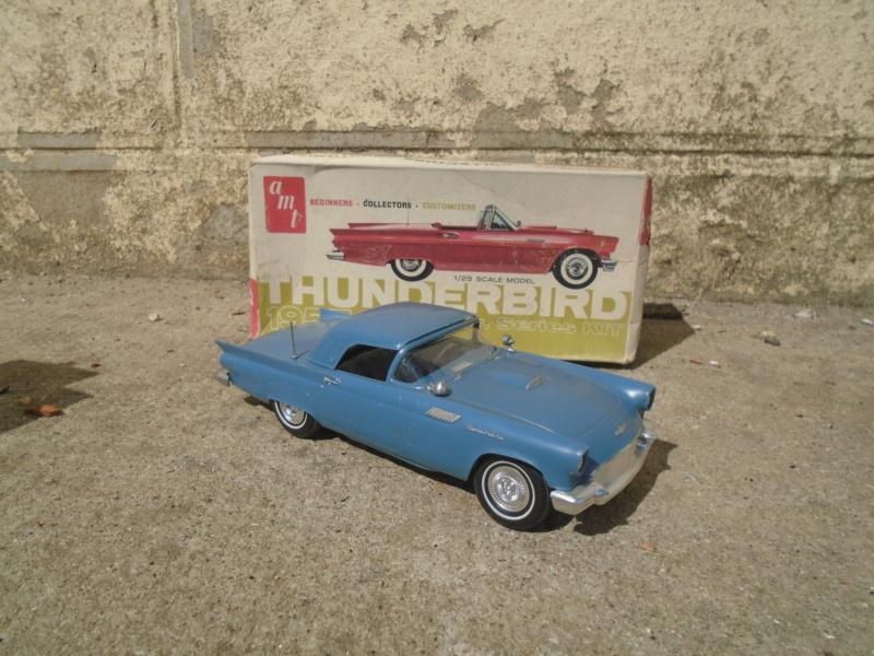 1957 Ford Thunderbird - Custom Jr Series - 1/25 scale - amt Dsc02110