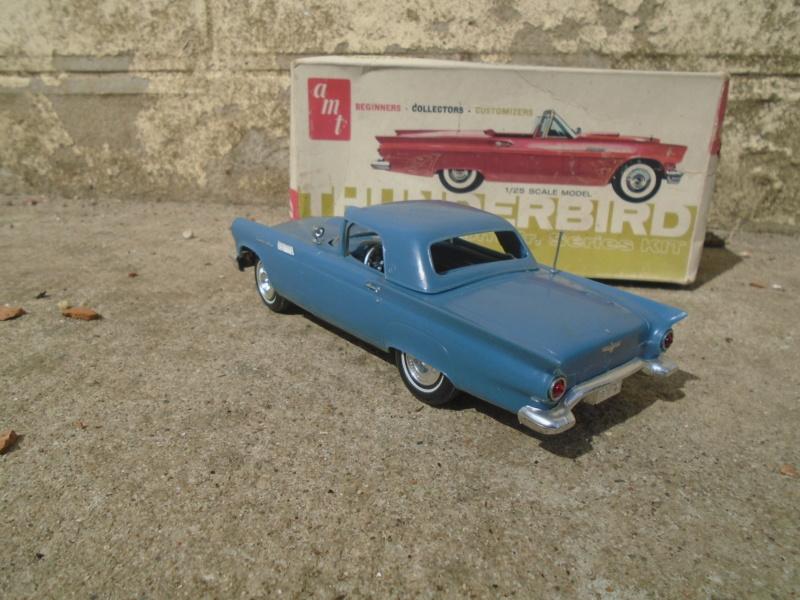 1957 Ford Thunderbird - Custom Jr Series - 1/25 scale - amt Dsc02214