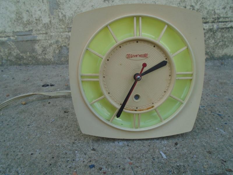 Horloges & Reveils fifties - 1950's clocks - Page 3 Dsc02511
