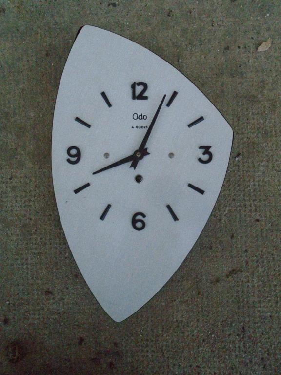 Horloges & Reveils fifties - 1950's clocks - Page 4 Dsc03816