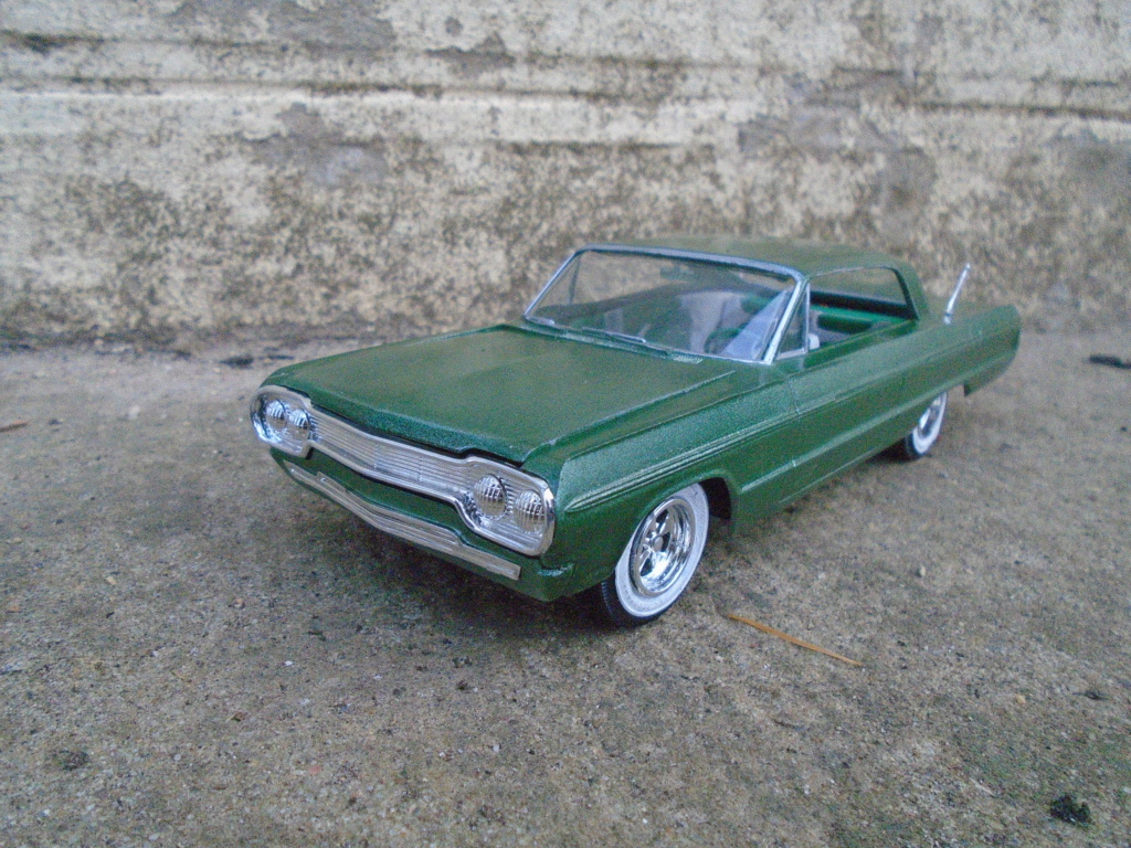 1964 Impala SS - amt - Customizing kit - annual - 1/25 scale  Dsc04314