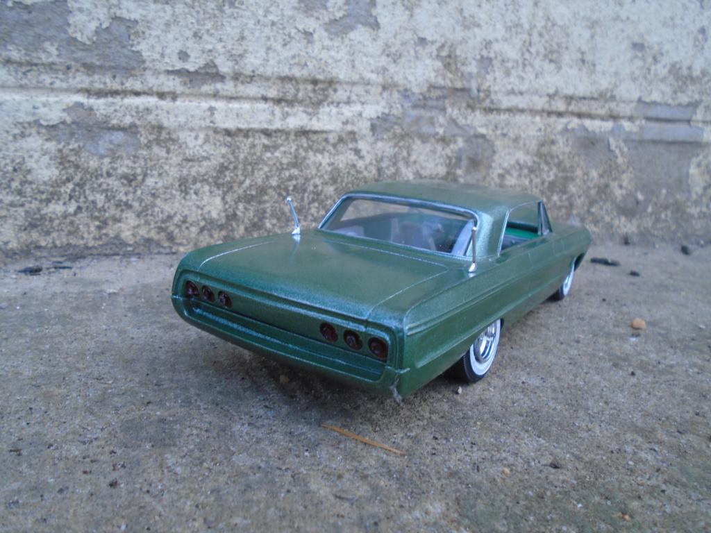 1964 Impala SS - amt - Customizing kit - annual - 1/25 scale  Dsc04315