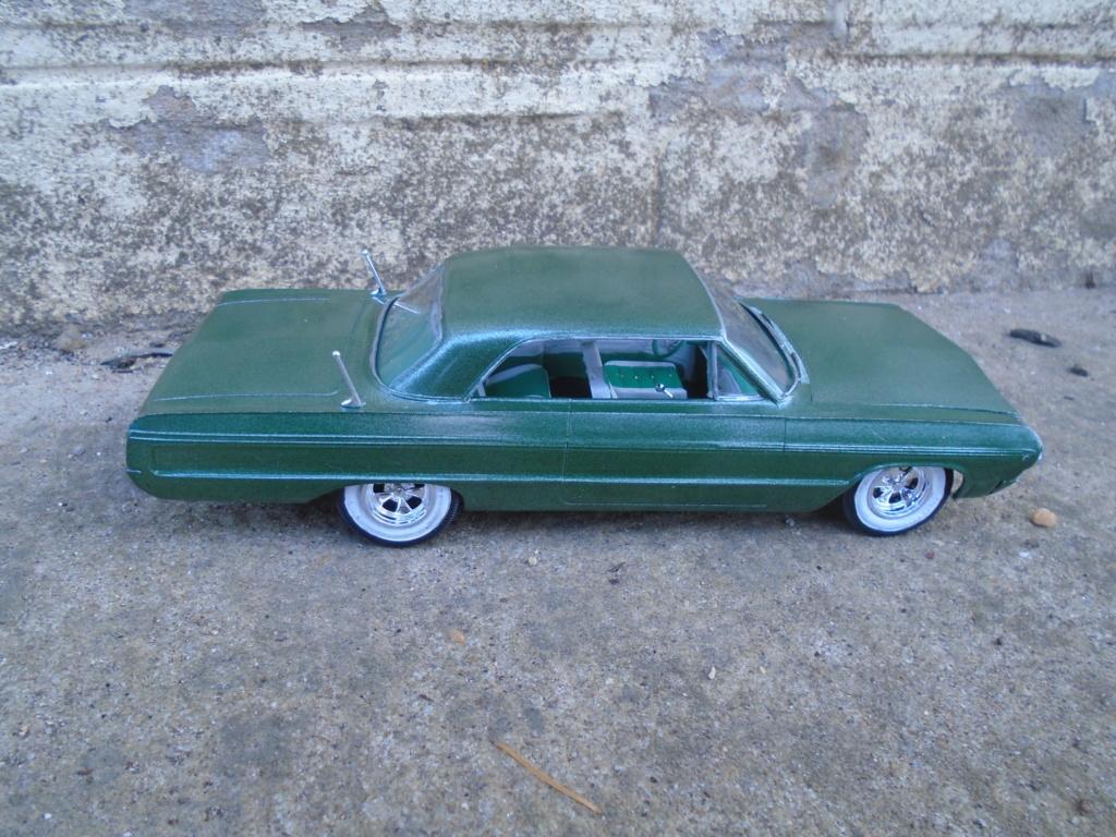 1964 Impala SS - amt - Customizing kit - annual - 1/25 scale  Dsc04316