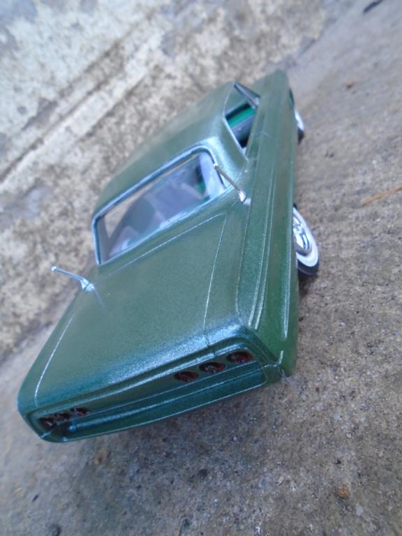 1964 Impala SS - amt - Customizing kit - annual - 1/25 scale  Dsc04317