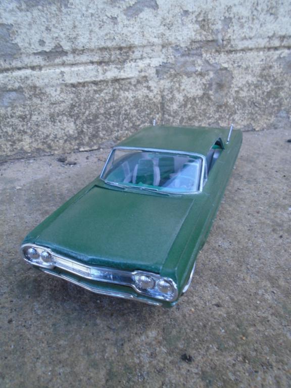 1964 Impala SS - amt - Customizing kit - annual - 1/25 scale  Dsc04319