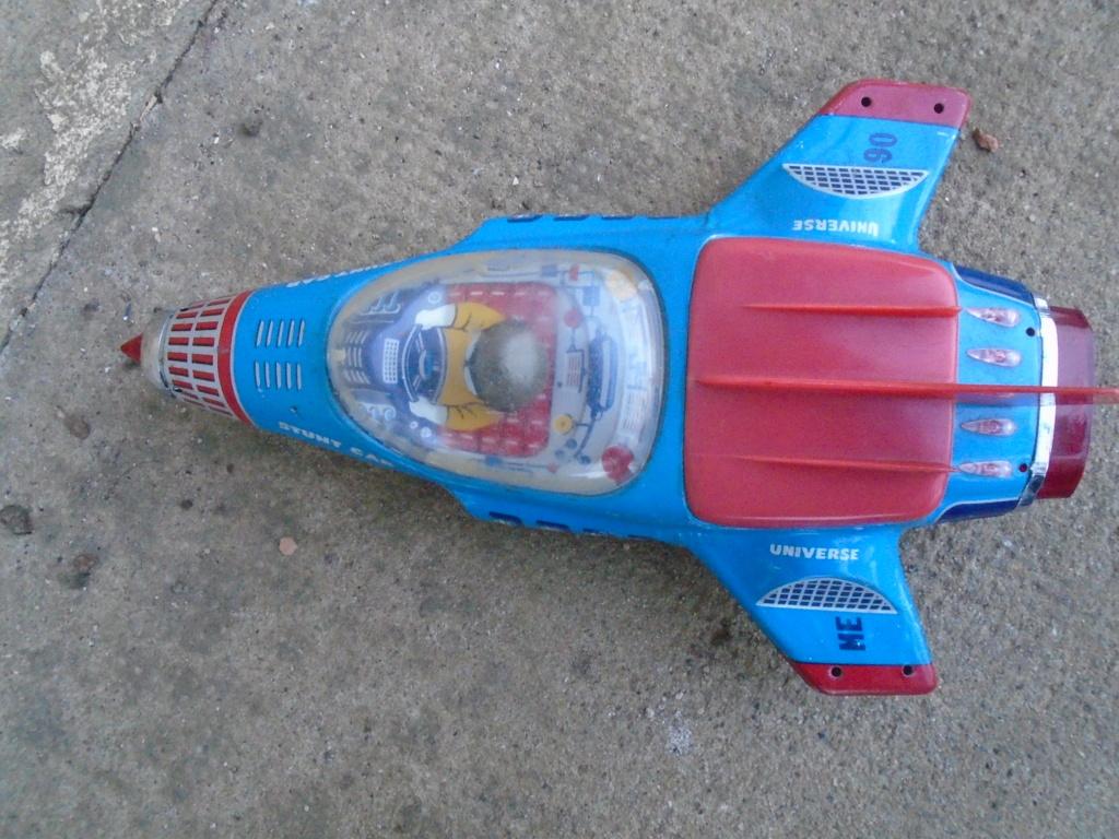 futuristic tintoys vehicules Dsc04637