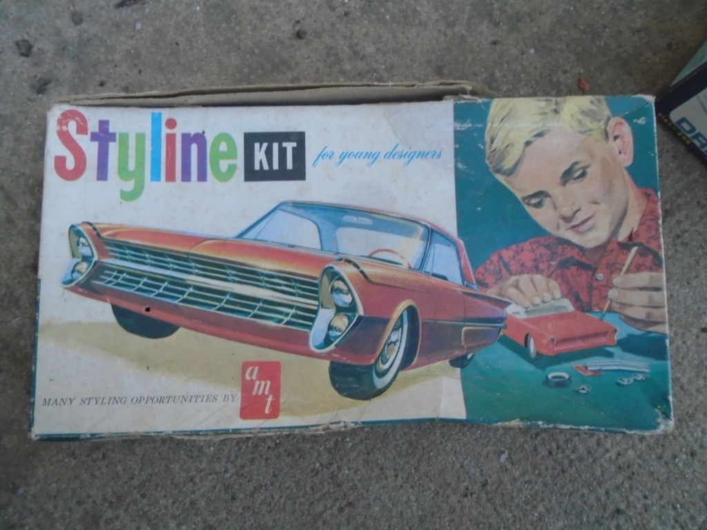 1961 Ford Galaxie  - Customizing kit - 3 in 1 - amt - 1/25 scale Dsc04646