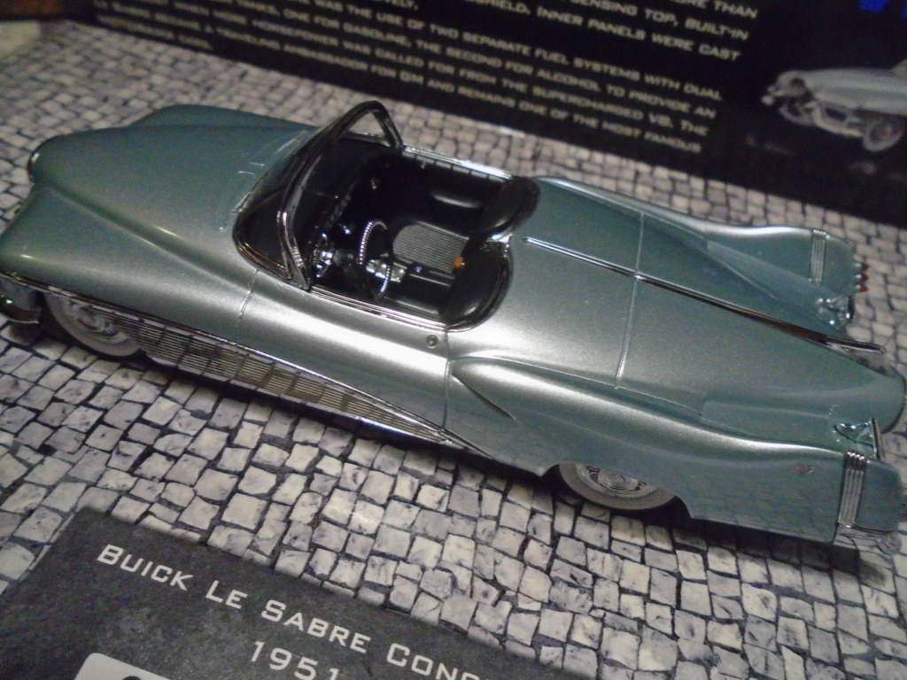 Minichamps Dream cars to the 1950's - concept car to the Motorama and other - 1/43 scale and 1/18 scale Dsc04716