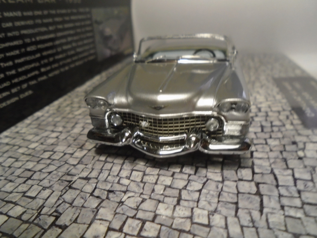 Minichamps Dream cars to the 1950's - concept car to the Motorama and other - 1/43 scale and 1/18 scale Dsc04728