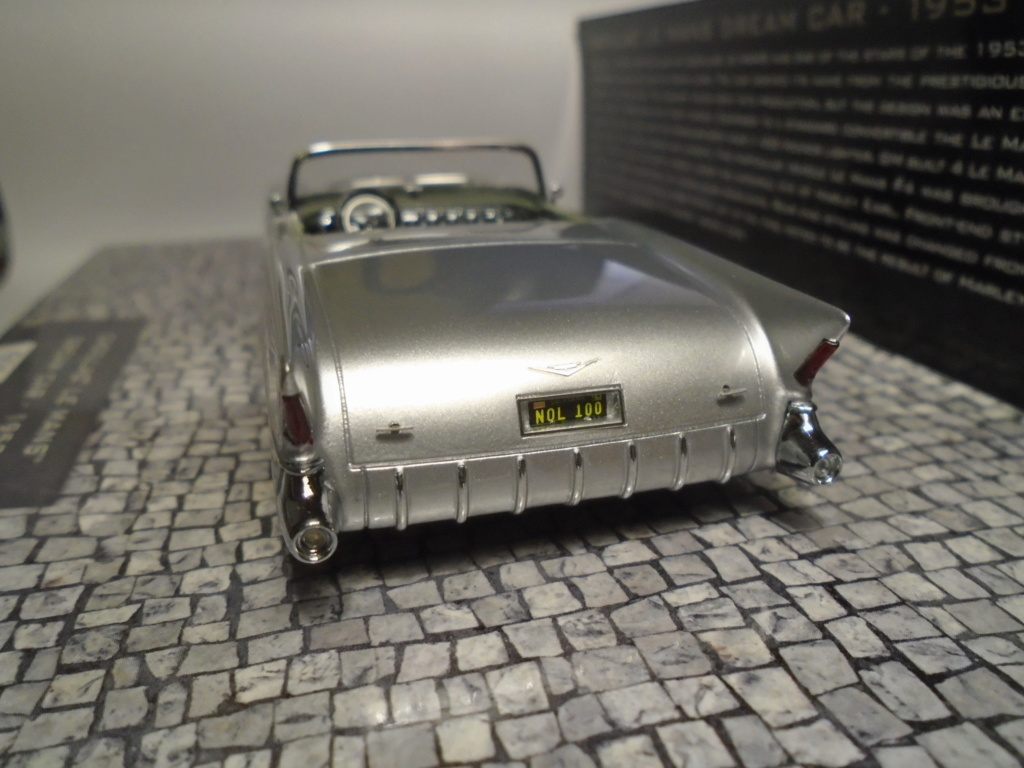Minichamps Dream cars to the 1950's - concept car to the Motorama and other - 1/43 scale and 1/18 scale Dsc04729