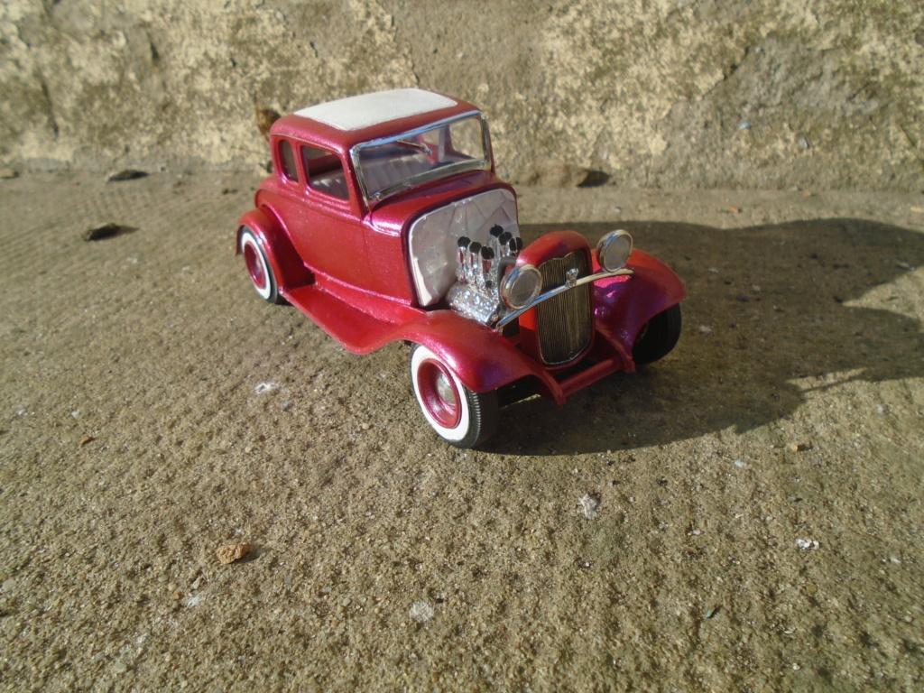 1932 Ford 5 Window - The Deuce - Amt Dsc04964