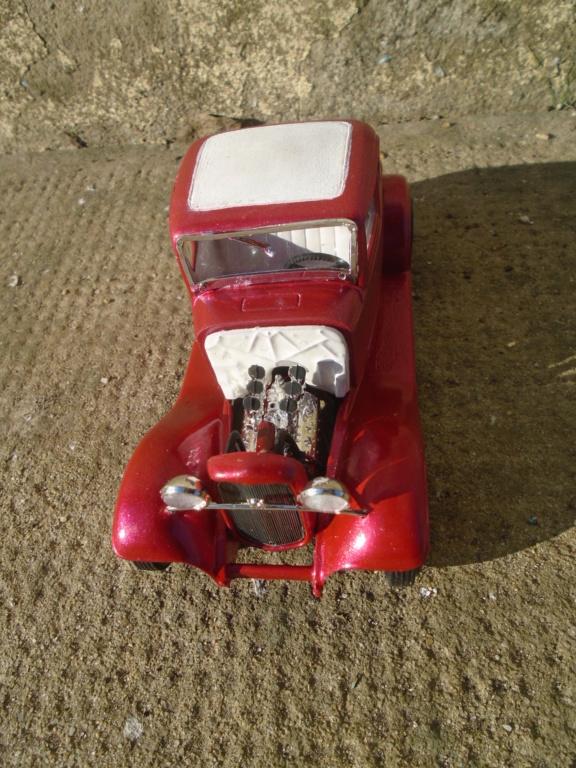 1932 Ford 5 Window - The Deuce - Amt Dsc04966