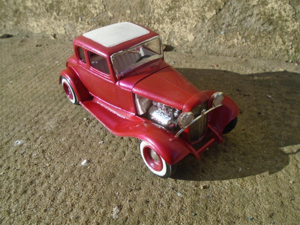 1932 Ford 5 Window - The Deuce - Amt Dsc04971