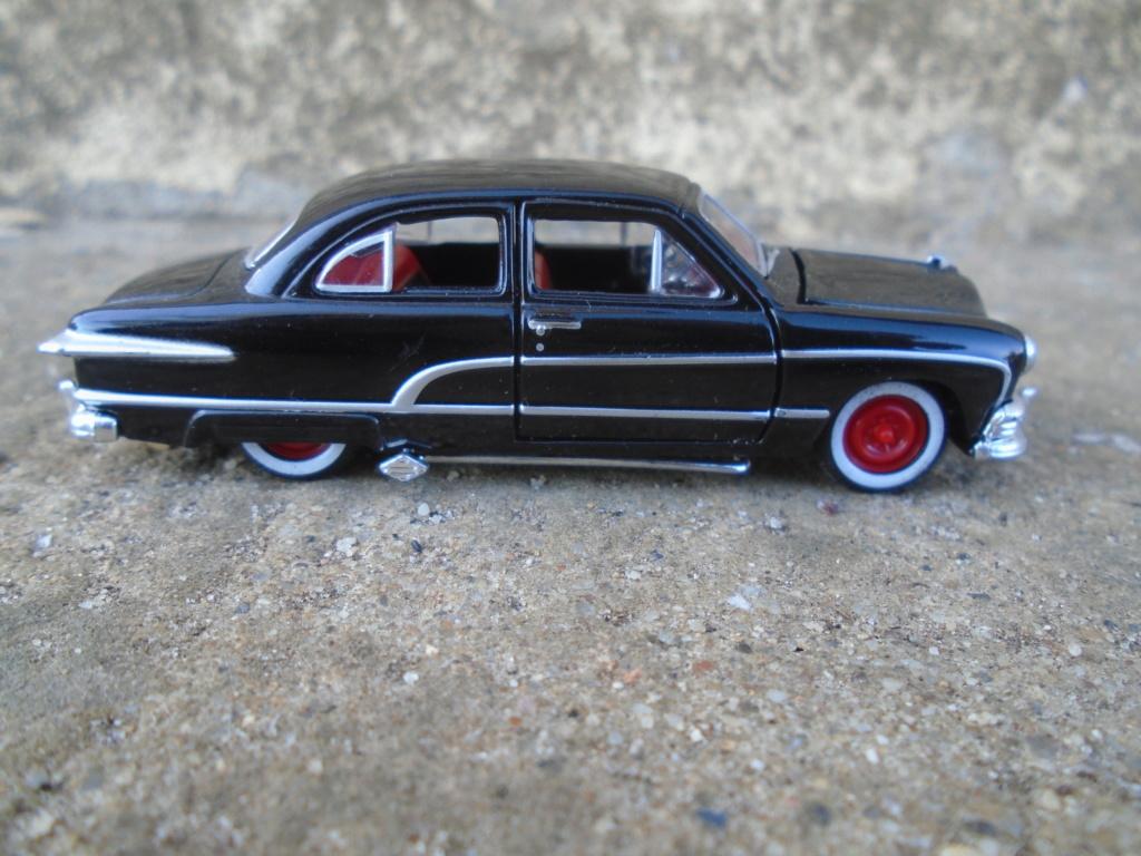 M2 Machines - 1/64 american classic cars - Auto-thentics -  Dsc05014
