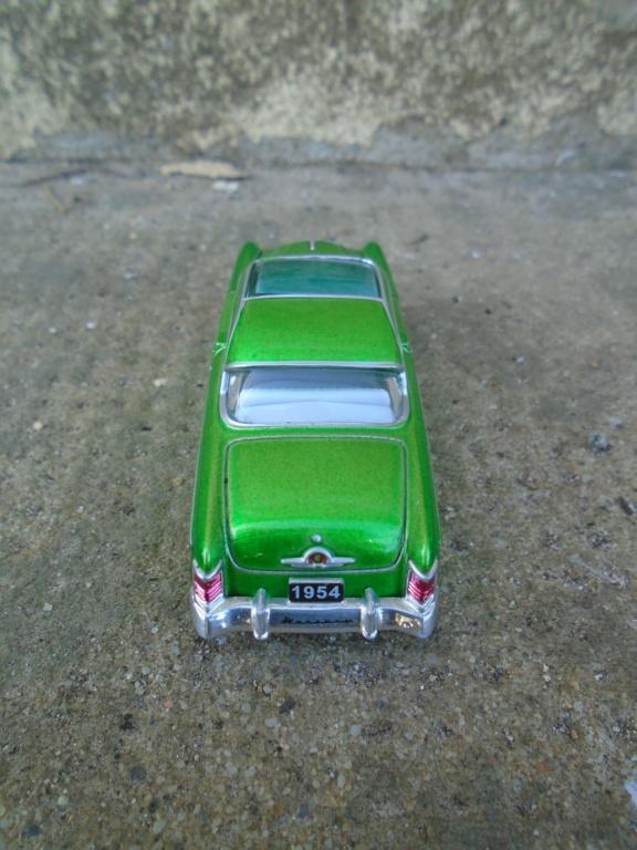 M2 Machines - 1/64 american classic cars - Auto-thentics -  Dsc05020