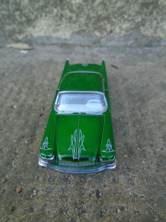 M2 Machines - 1/64 american classic cars - Auto-thentics -  Dsc05042