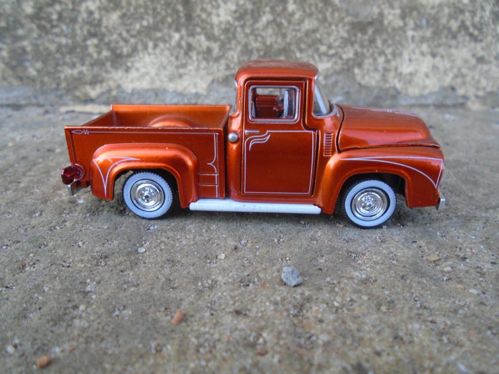 M2 Machines - 1/64 american classic cars - Auto-thentics -  Dsc05048