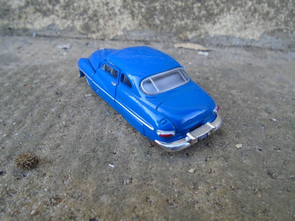 M2 Machines - 1/64 american classic cars - Auto-thentics -  Dsc05070
