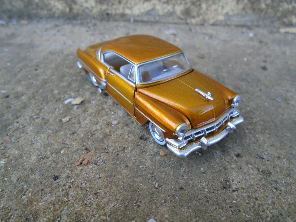 M2 Machines - 1/64 american classic cars - Auto-thentics -  Dsc05078