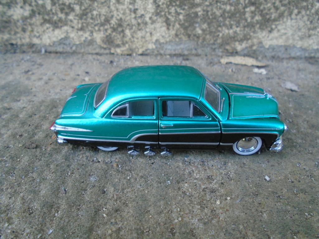 M2 Machines - 1/64 american classic cars - Auto-thentics -  Dsc05090