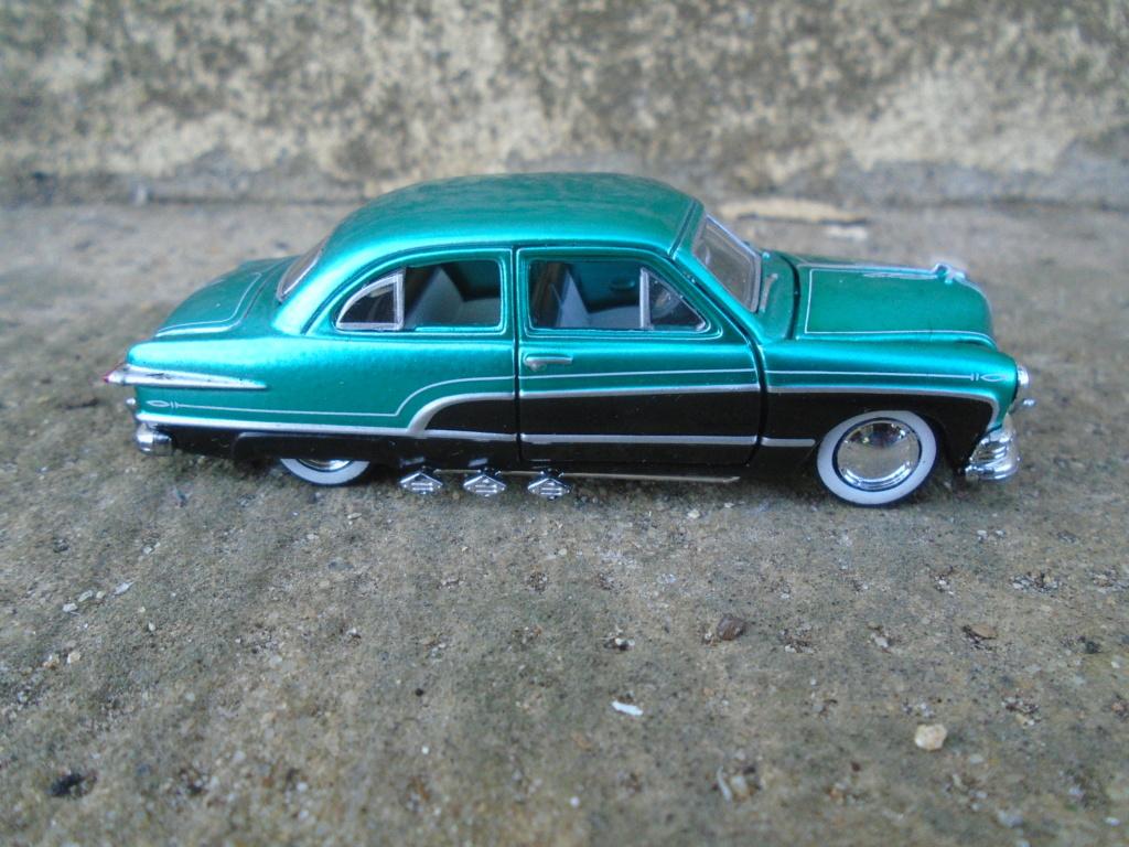 M2 Machines - 1/64 american classic cars - Auto-thentics -  Dsc05095