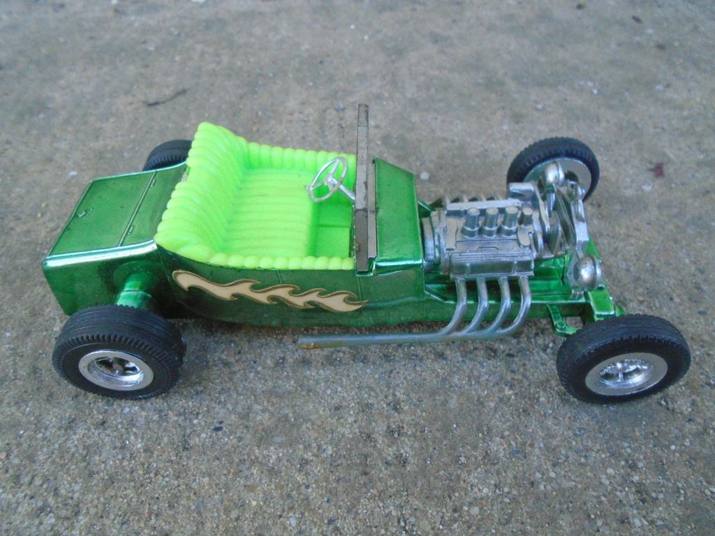 ZEE - Plastic model Hot Rod - 1/32 scale - Tornado & Flying Monk Dsc05223