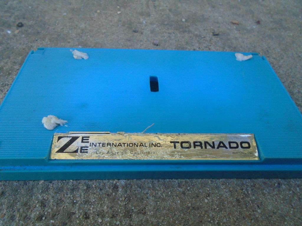 ZEE - Plastic model Hot Rod - 1/32 scale - Tornado & Flying Monk Dsc05228