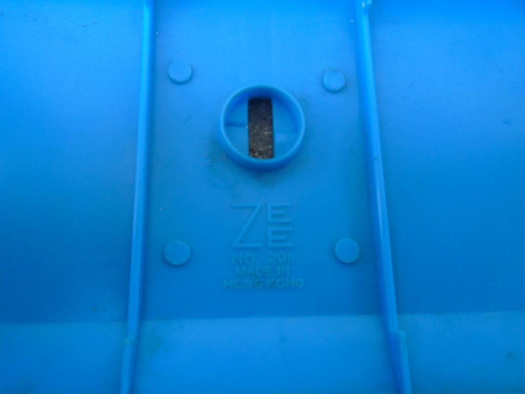 ZEE - Plastic model Hot Rod - 1/32 scale - Tornado & Flying Monk Dsc05229