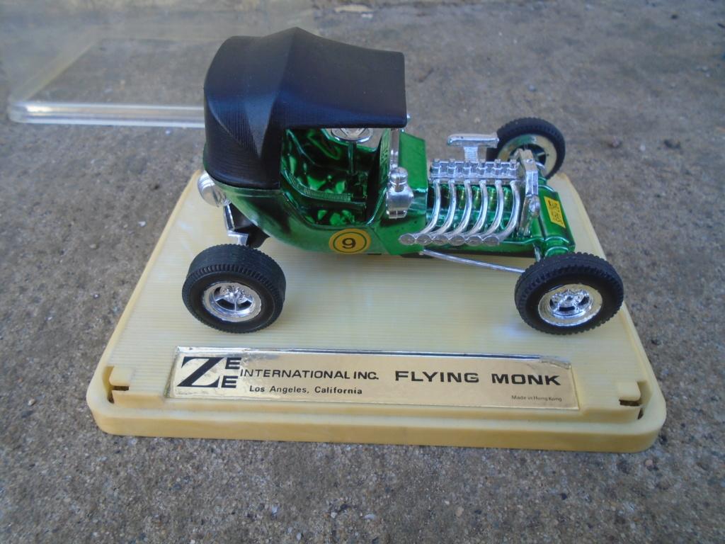 ZEE - Plastic model Hot Rod - 1/32 scale - Tornado & Flying Monk Dsc05244