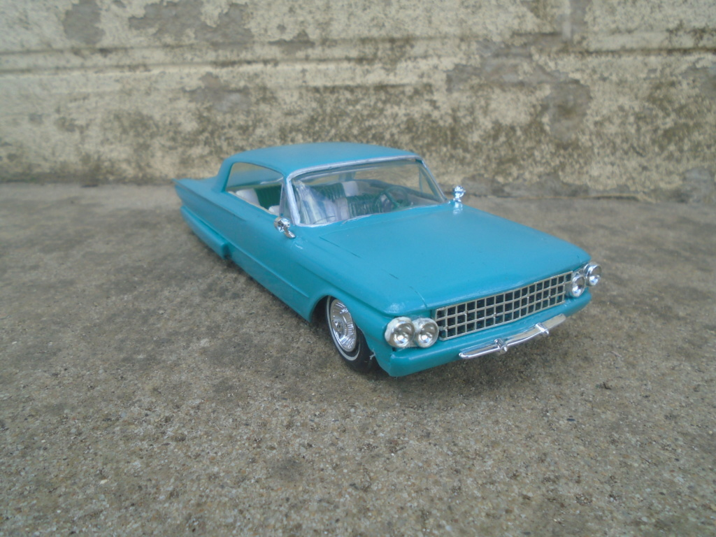 1961 Ford Galaxie  - Customizing kit - 3 in 1 - amt - 1/25 scale Dsc07916