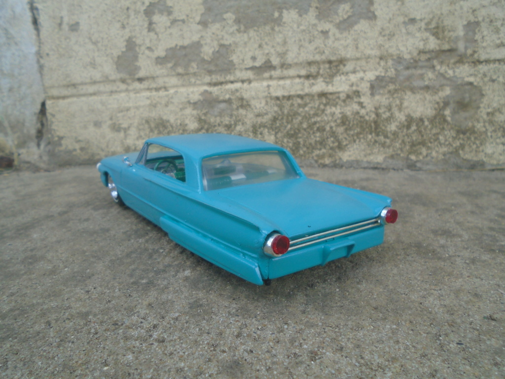 1961 Ford Galaxie  - Customizing kit - 3 in 1 - amt - 1/25 scale Dsc07917