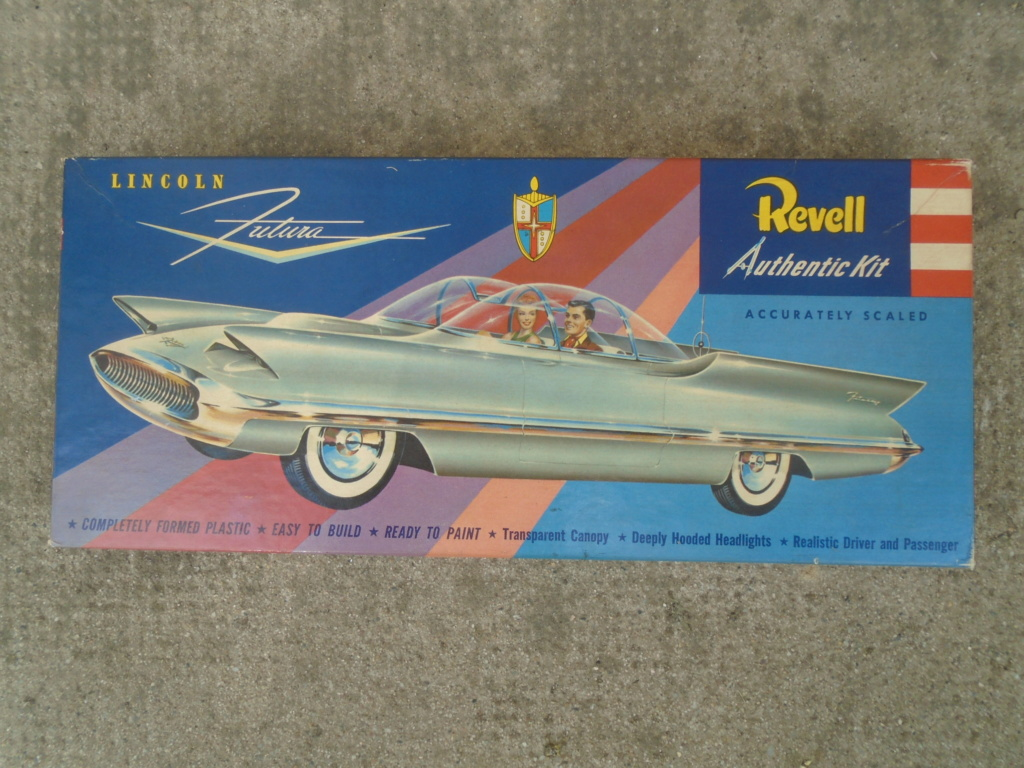 1955 Lincoln Futura - Concept car - Revell - 1/25 scale Dsc08015