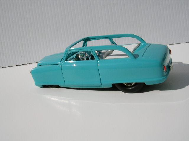 Bill Stillwagon - Model Kit - Kustom car artist - Page 2 Dscn0129