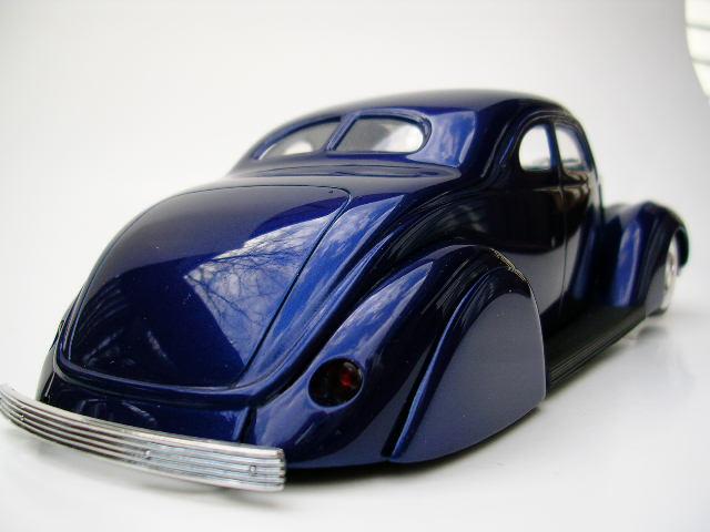 Bill Stillwagon - Model Kit - Kustom car artist - Page 2 Dscn0330