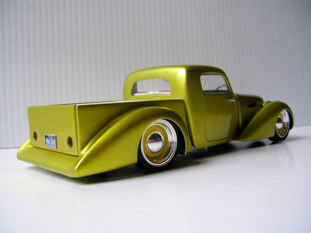 Bill Stillwagon - Model Kit - Kustom car artist - Page 2 Dscn0410