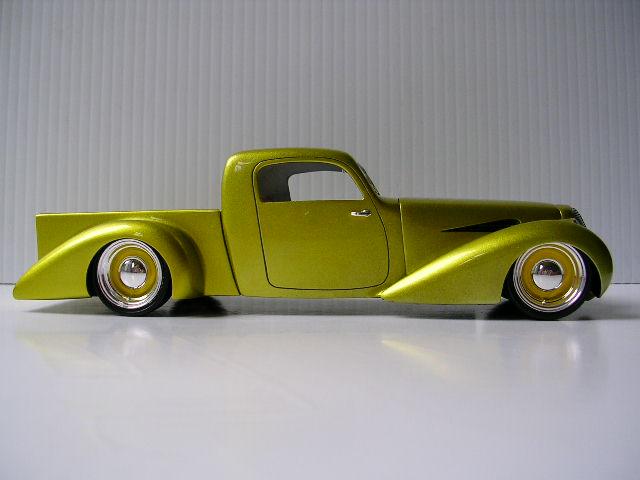 Bill Stillwagon - Model Kit - Kustom car artist - Page 2 Dscn0411