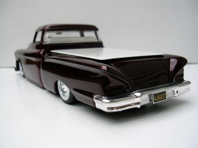 Bill Stillwagon - Model Kit - Kustom car artist Dscn4610