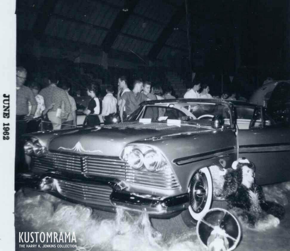 Vintage Car Show - Page 22 East-o10