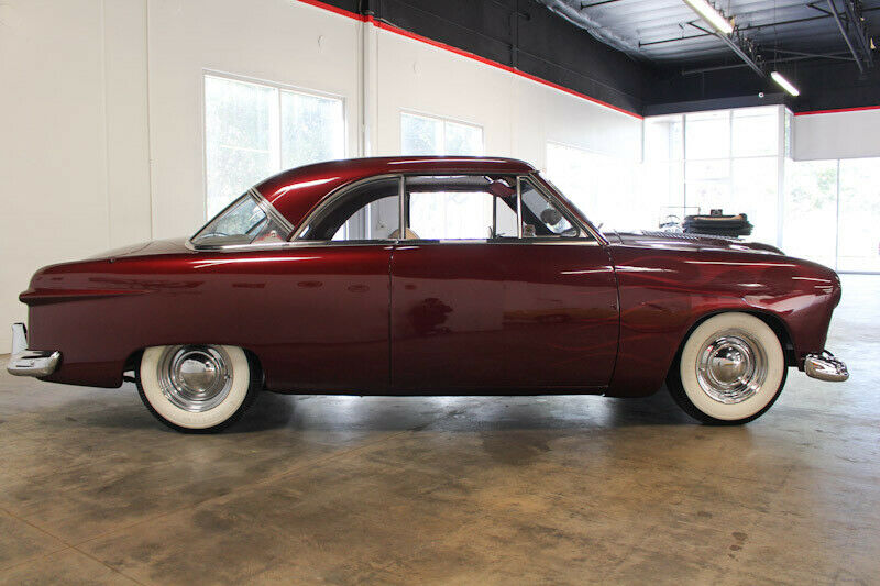 Ford 1949 - 50 - 51 (shoebox) custom & mild custom galerie - Page 29 For51410