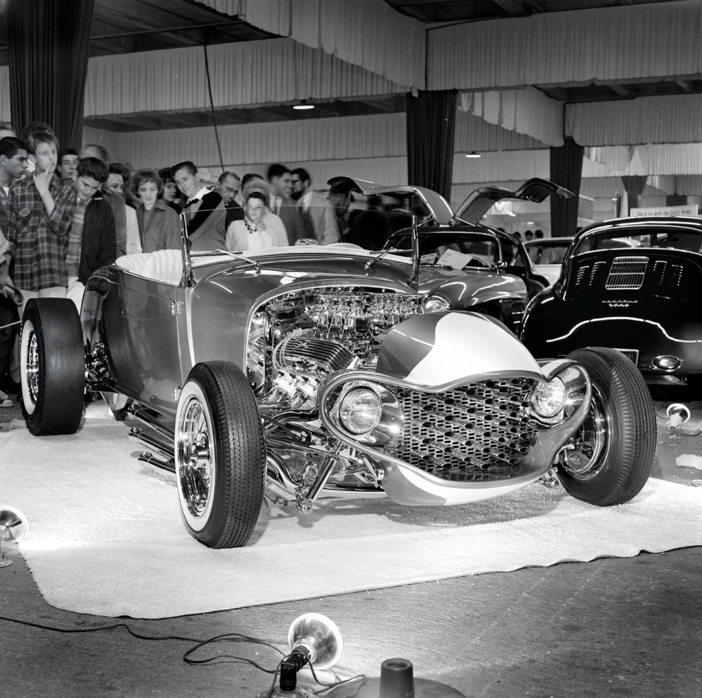 The Emperor - 29 Ford Roadster - Barris Kustoms George15