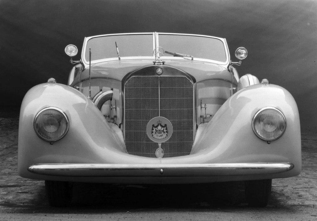 Mercedes-Benz 500K Erdmann and Rossi Streamline Roadster  - 1936  Gmk94010